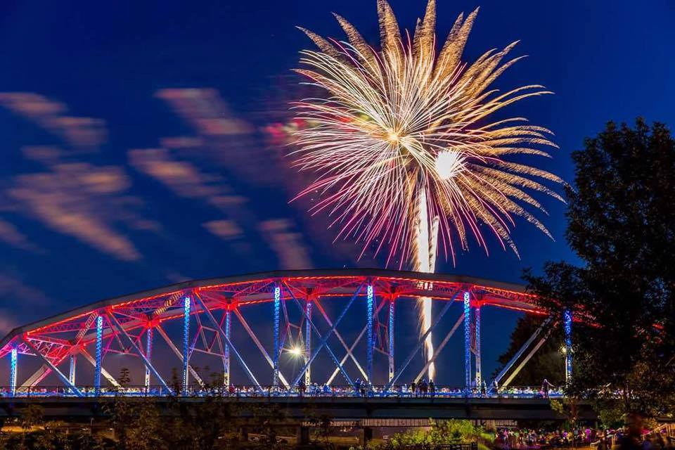 Sertoma GF Fireworks over Sorlie Bridge
